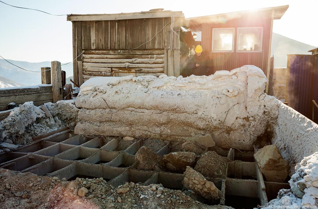 Как добывают золото в Хакасии