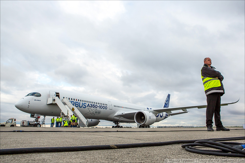 a350-1000 first flight