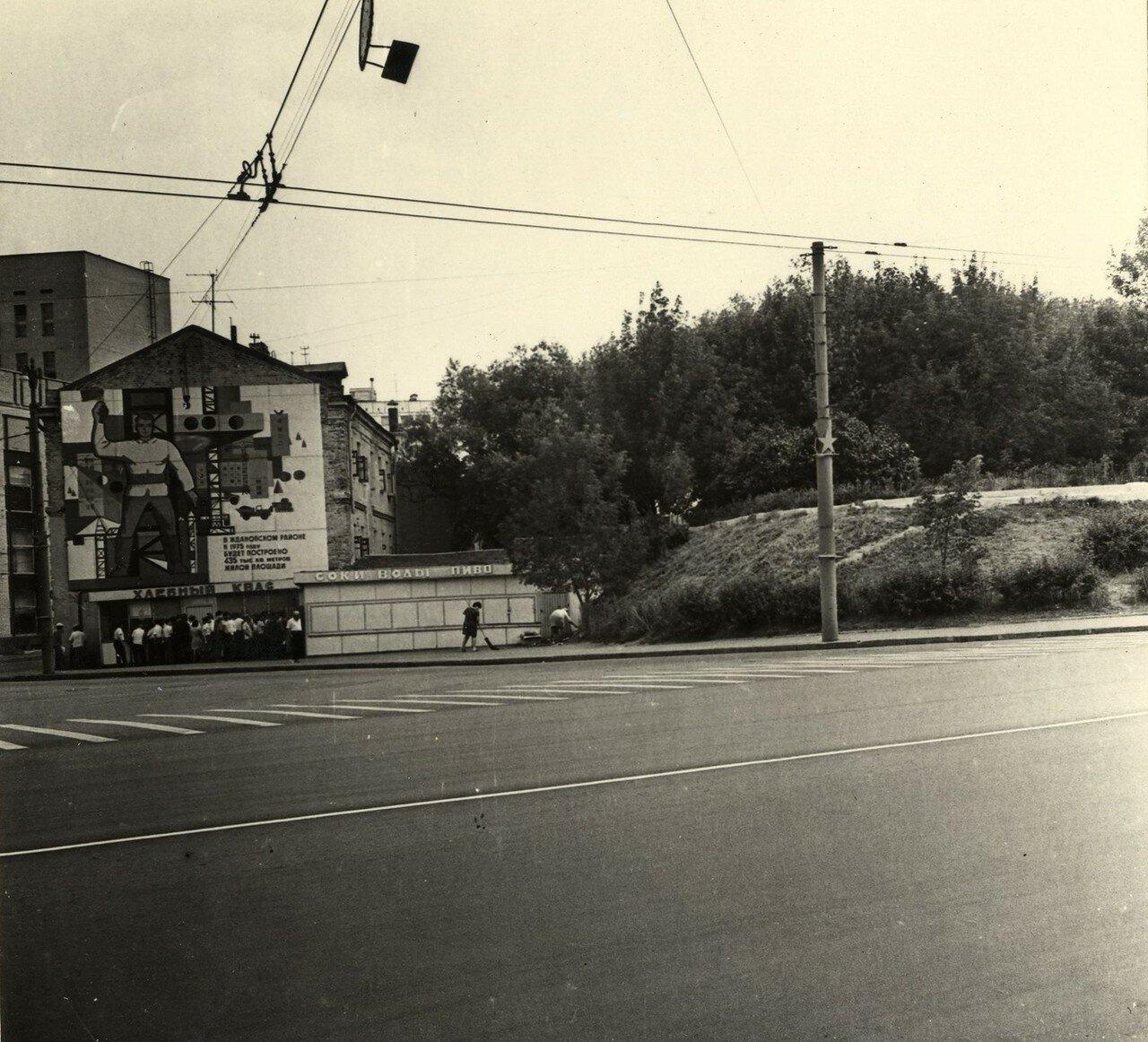 Яузская улица нач. 70-х из архива А. Кондрашова.jpg