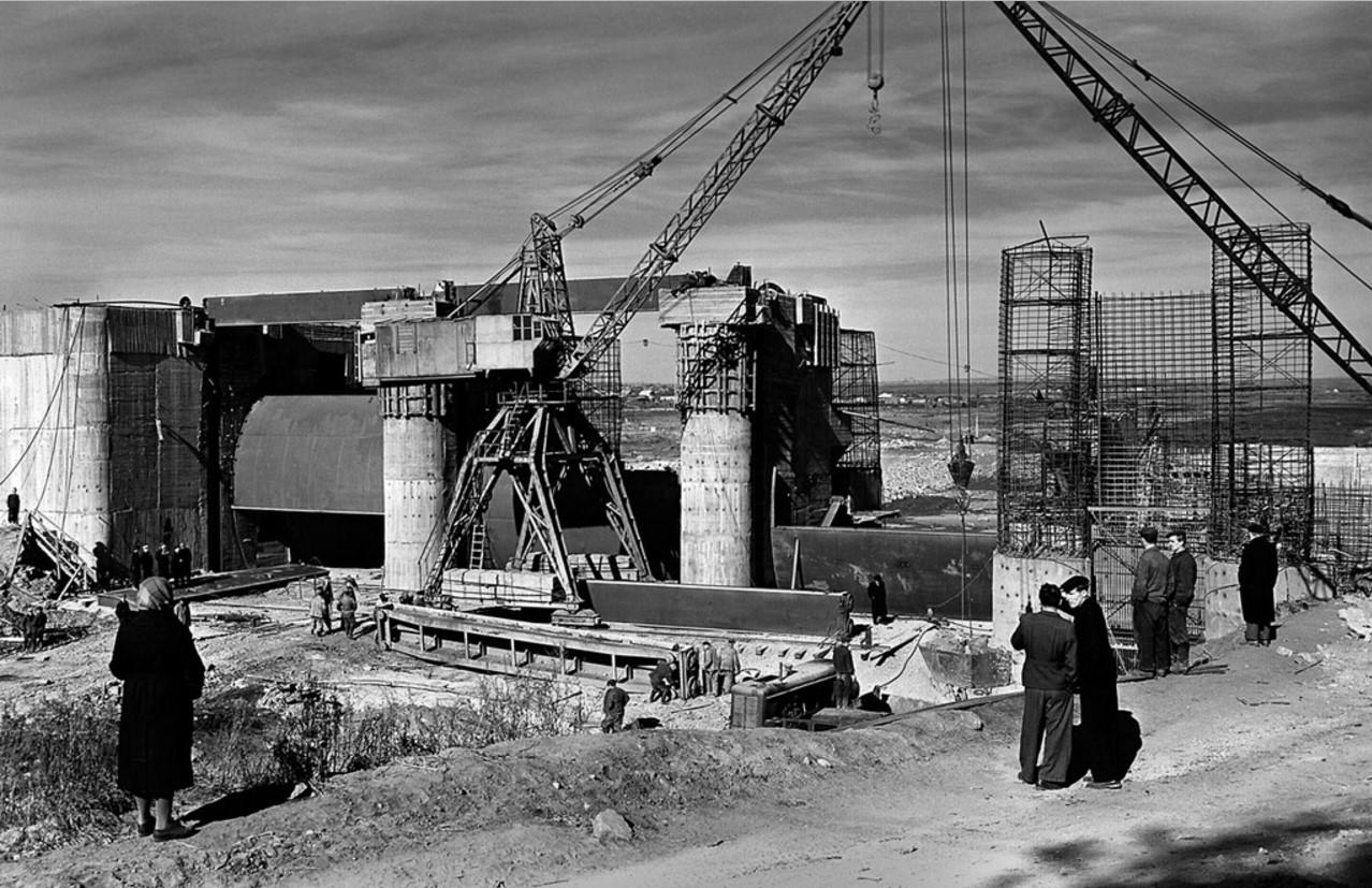 Челябинск. Строительство Шершневского водохранилища. Возведение плотины