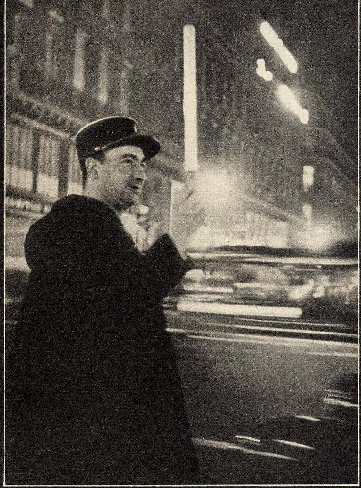 1932. Парижский регулировщик