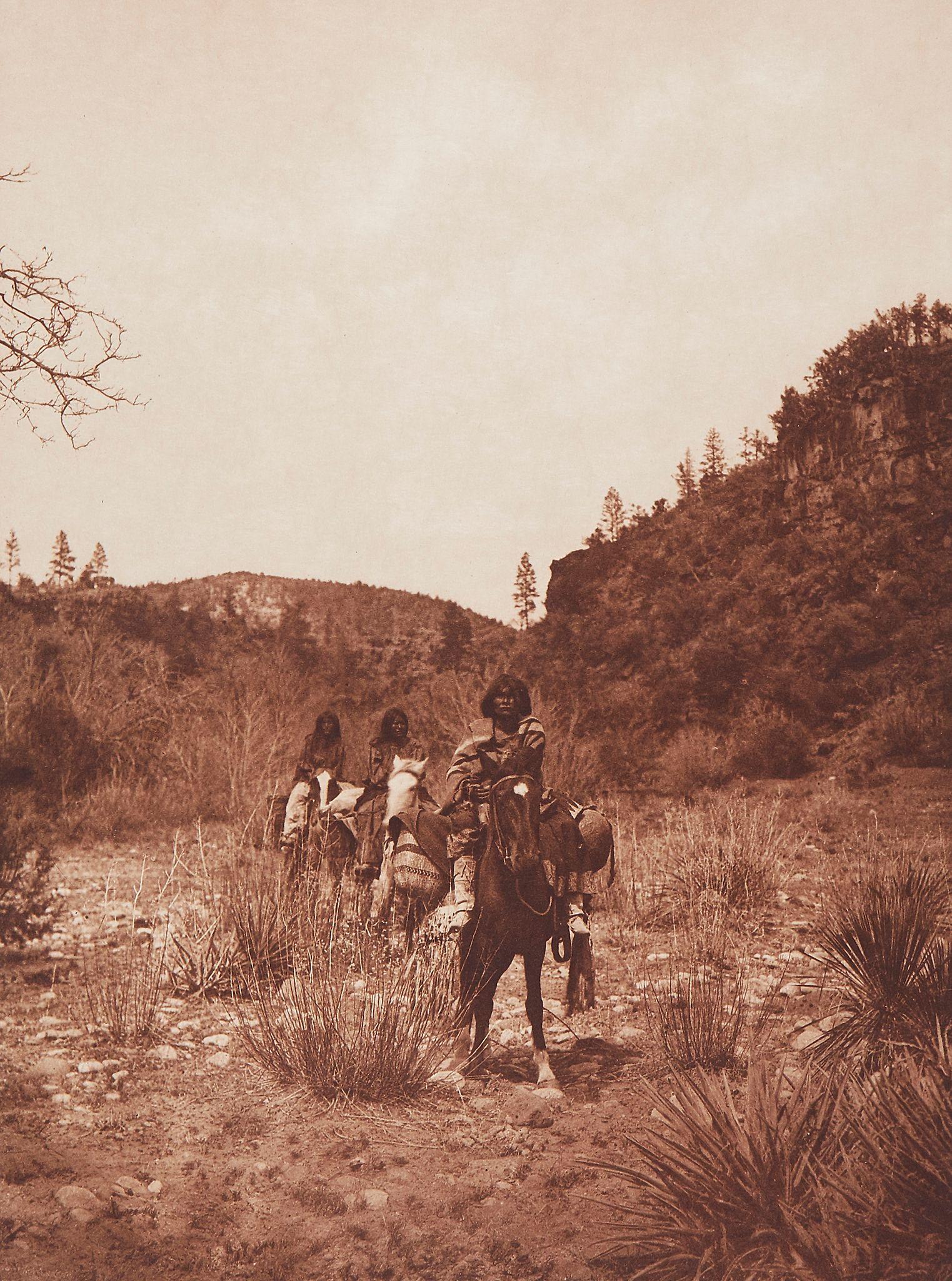 1903. Земля апачей
