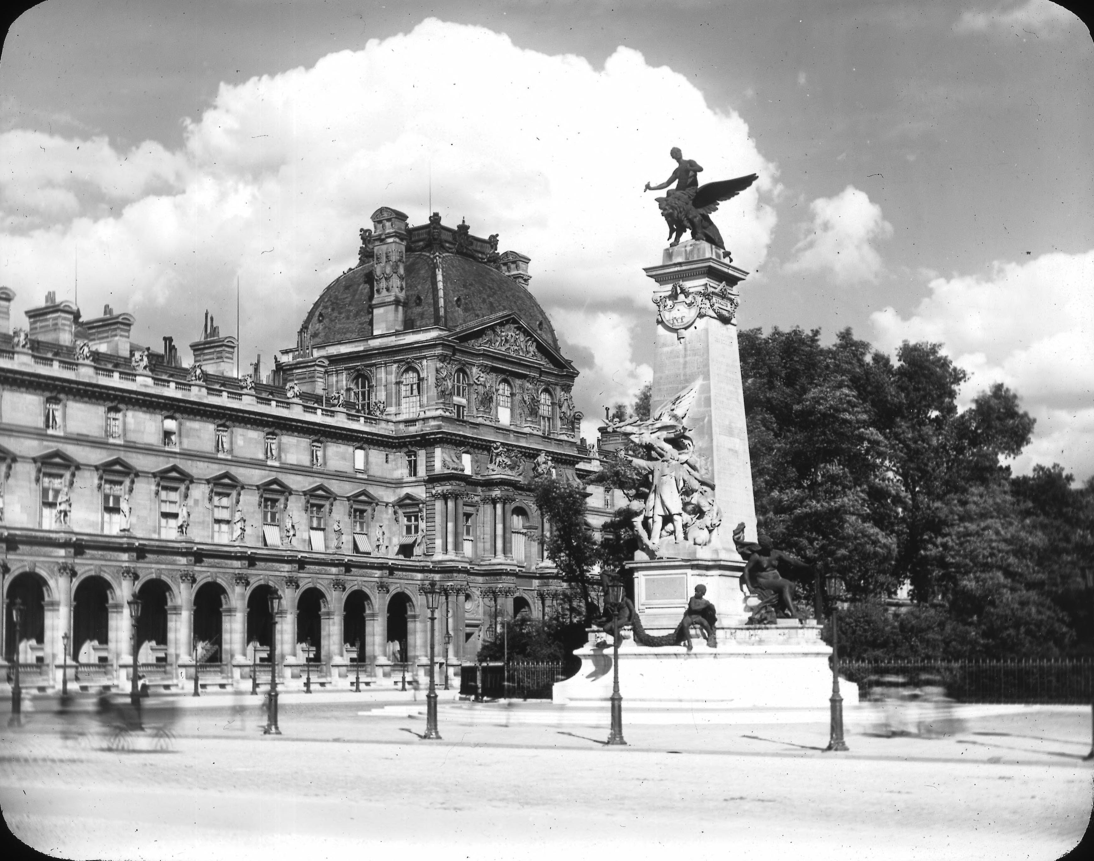 Лувр. Павильон Ришелье. Внешний вид