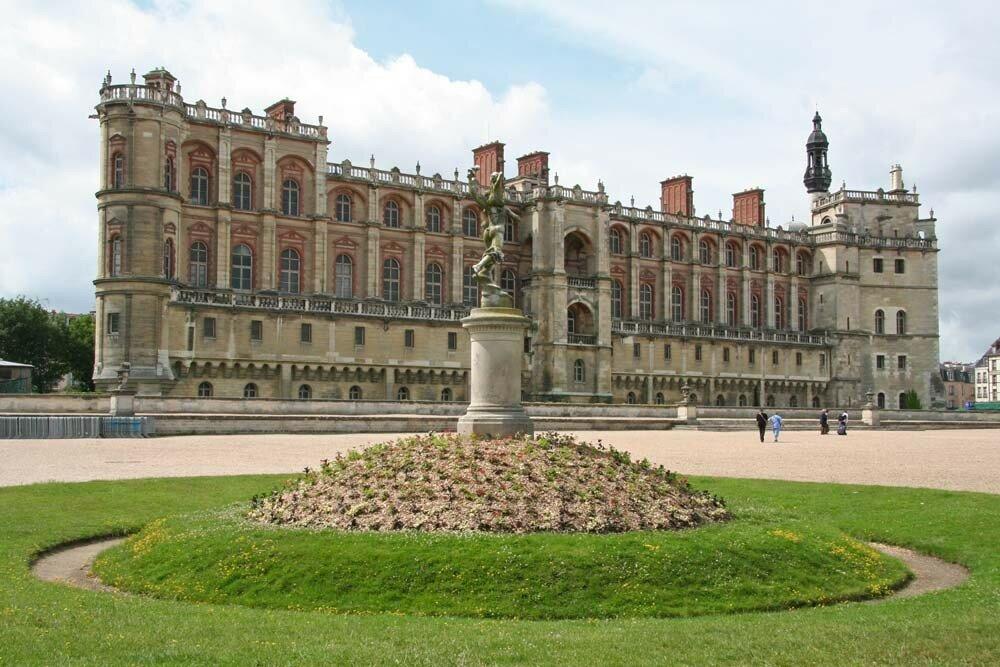 statue-chateau.jpg