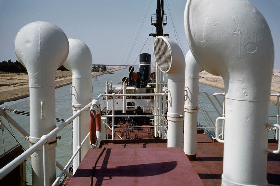 1956 Suezkanal Rene Burri Magnum Photos.jpg