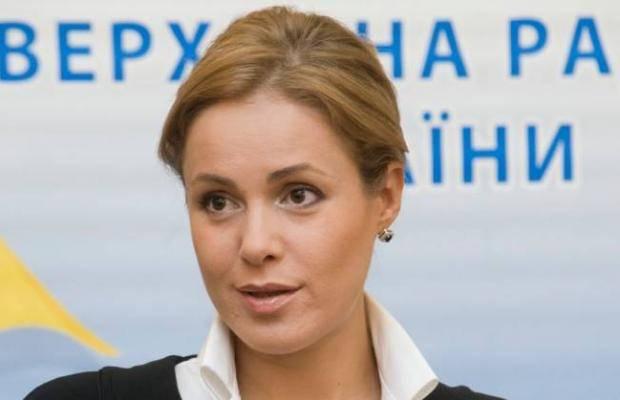 """""""Красиво жить"""" не запретишь?"""": В сети рассказали подробности бизнеса Королевской на оккупированном Донбассе"""