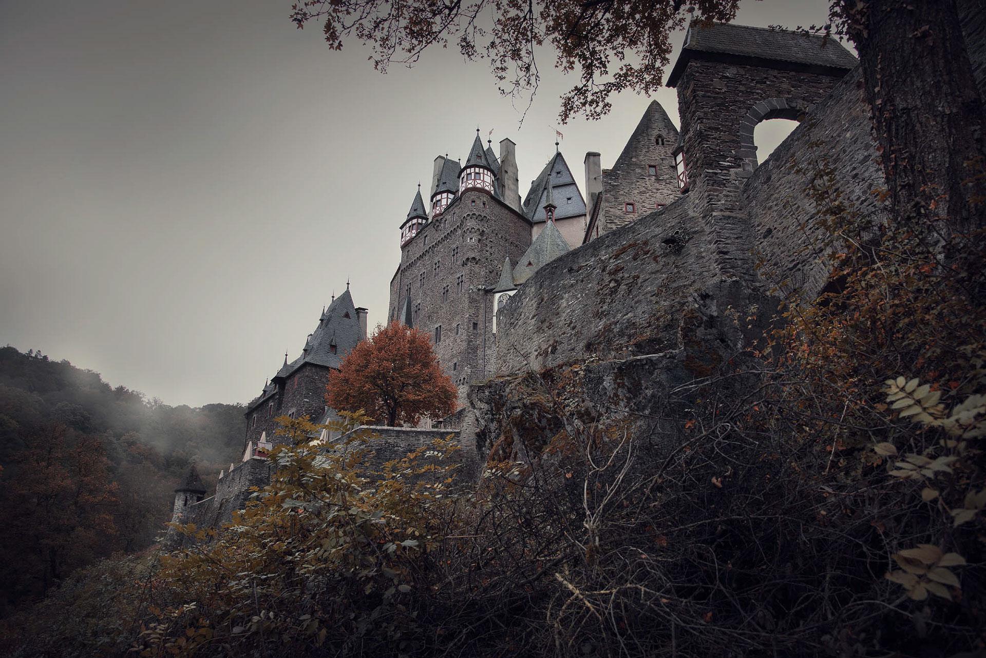 Замок Эльц Burg Eltz / фото Fabian Krueger