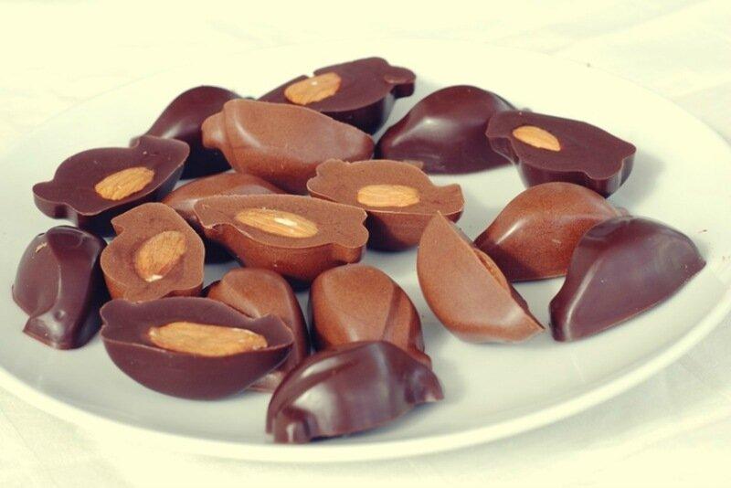Как приготовить домашний шоколад из какао, масла и водки