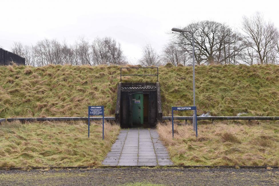 Внутри единственного ядерного бункера Северной Ирландии (15 фото)