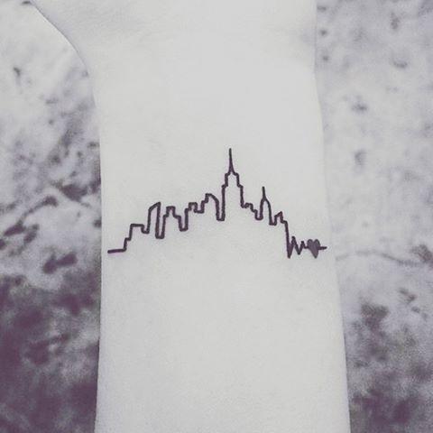 маленькие-татуировки-идеи-эскизы30.jpg