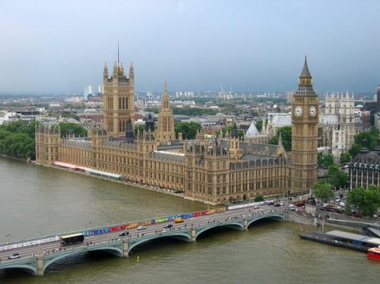 Английские парламентарии выступают заповторное голосование поBrexit