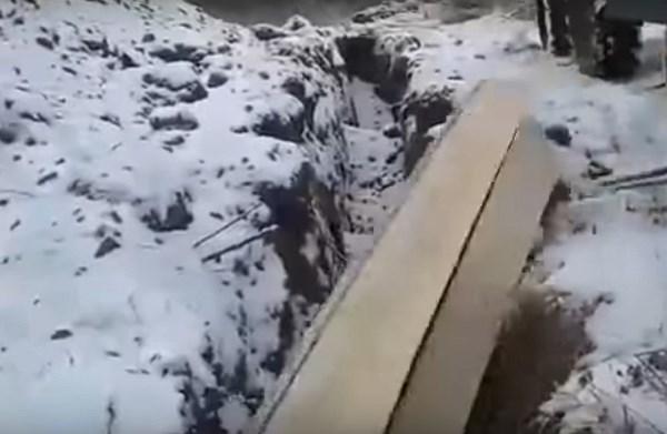 Власти Кемерова проверят видео сгробами втраншее