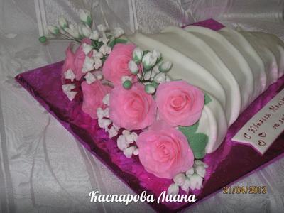 Торт из мастики Букет цветов