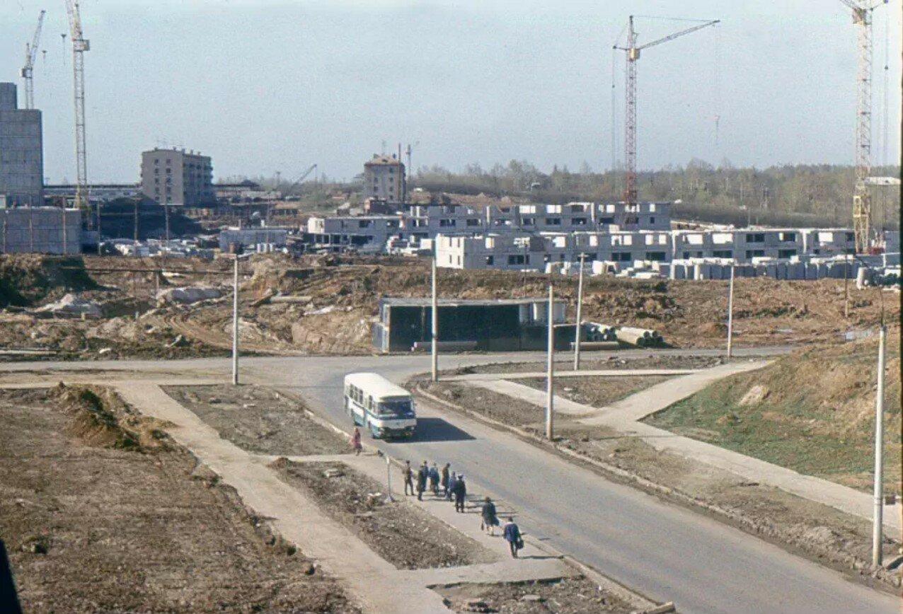 1973. Перекресток Россошанской улицы и Россошанского проезда