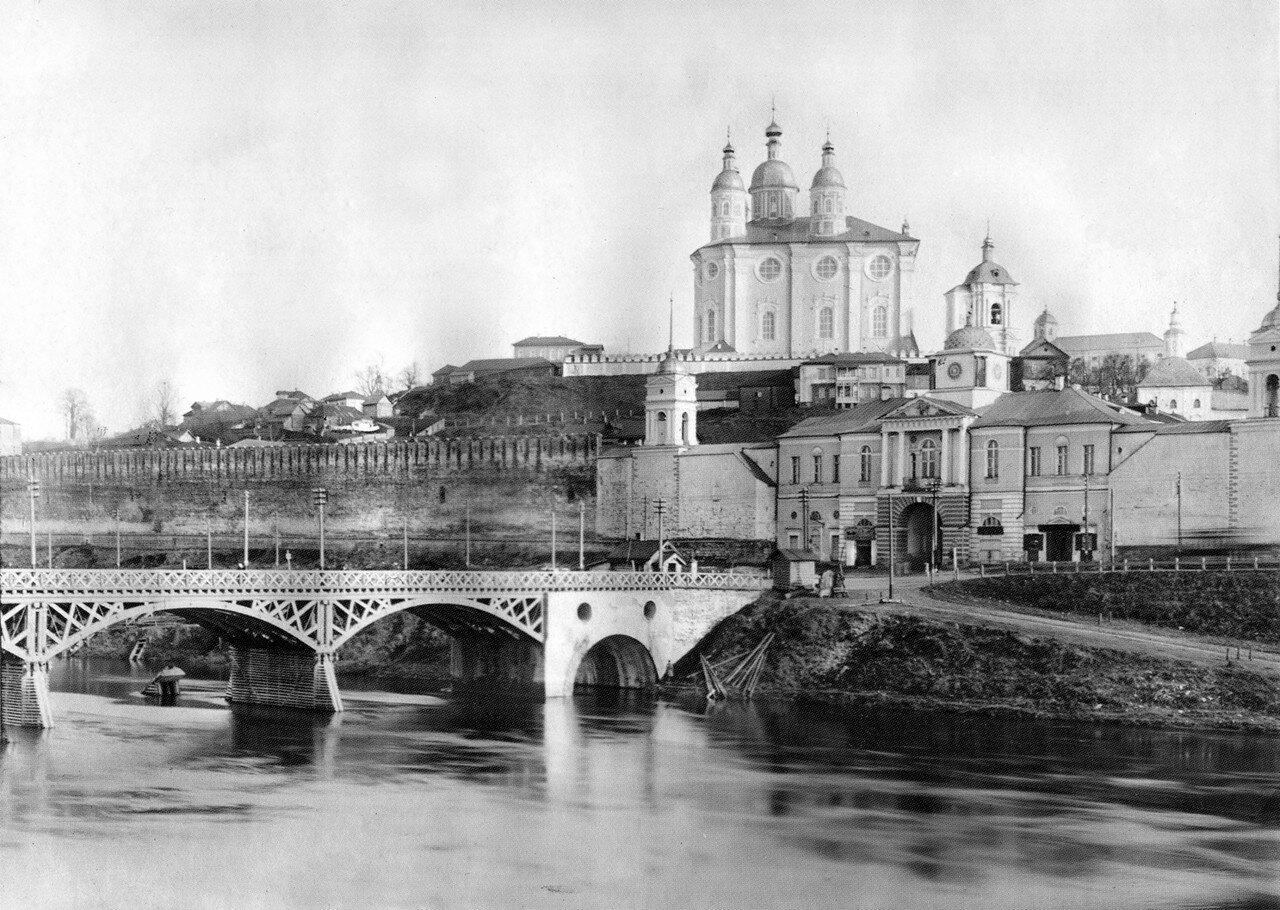 Соборная гора и Надвратная Одигитриевская церковь