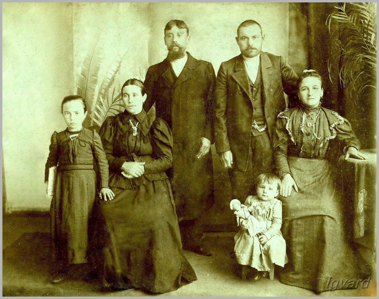 Семья Педан. 1910.