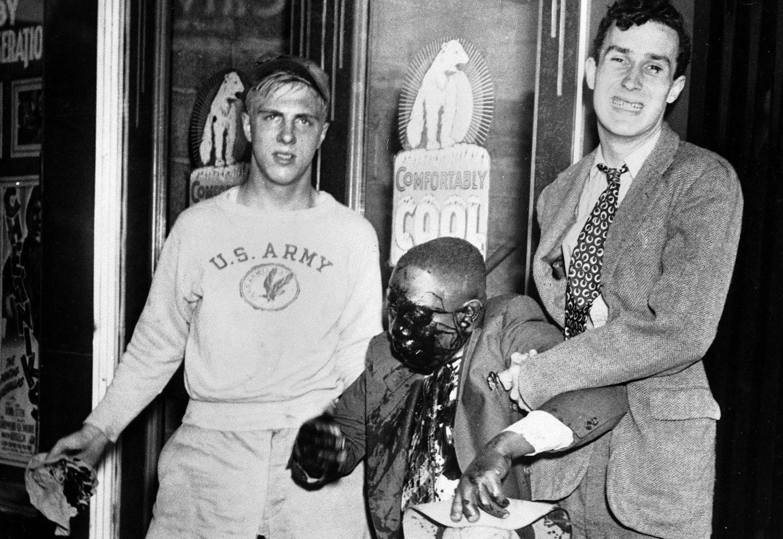 1943.21 июня. Жертва расовые волнений в Детройте.
