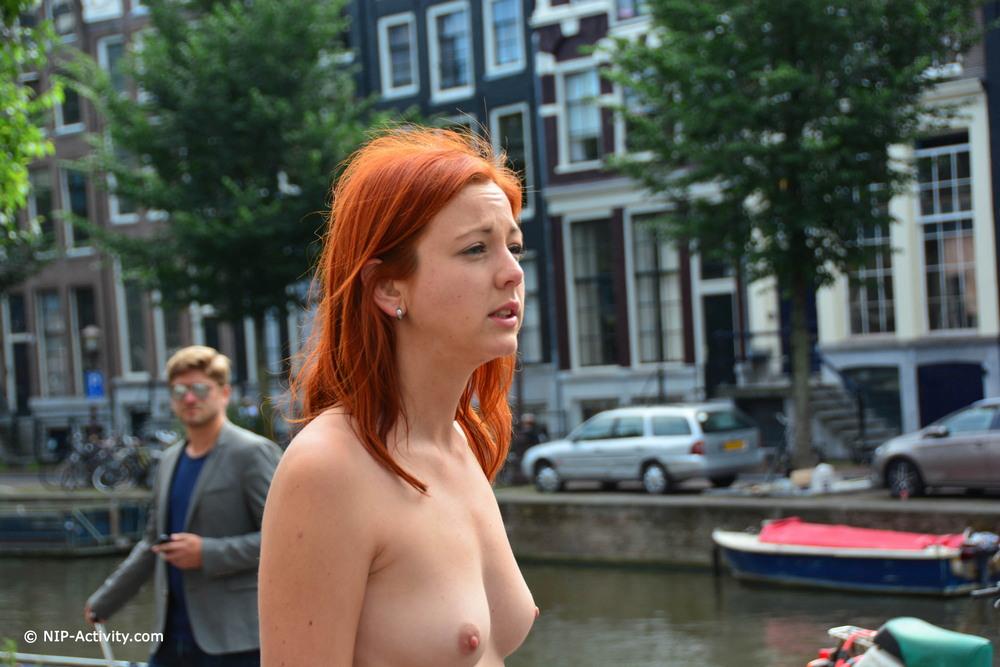 Голая Elen в Амстердаме