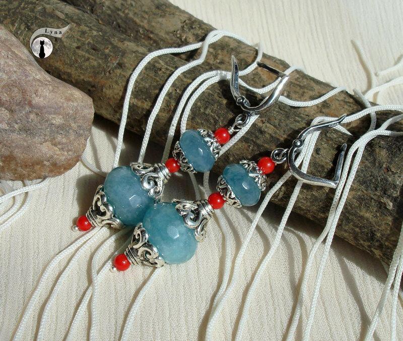 """НЕбисерная лавка чудес: Cерьги """"Ассоль"""" с голубым кварцем и красным кораллом."""