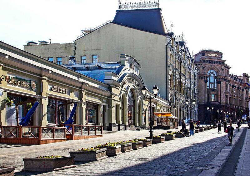 взгляд на Московский дом художника на Кузнецком.jpg