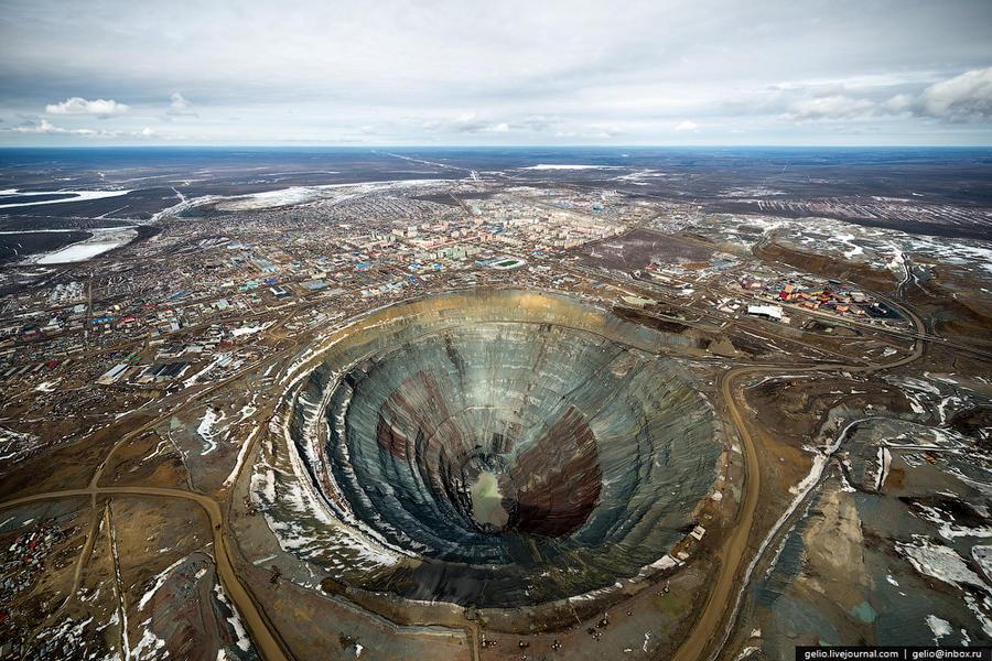 Как добывают и обрабатывают алмазы