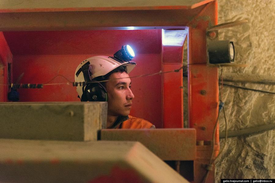 30. За сутки на «Интере» добывается 1500 тонн руды. Объем добычи алмазов в 2013 году составил более