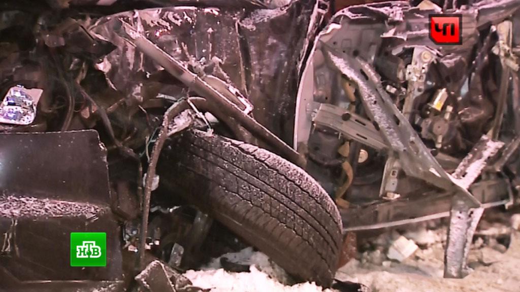 4  человека погибли вДТП сучастием четырех машин под Липецком