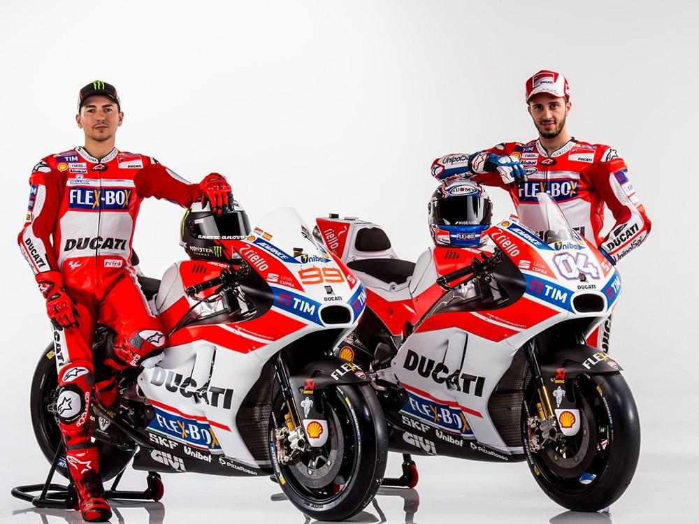 Презентация команды Ducati MotoGP 2017: Хорхе Лоренцо, Андреа Довициозо и Ducati GP17