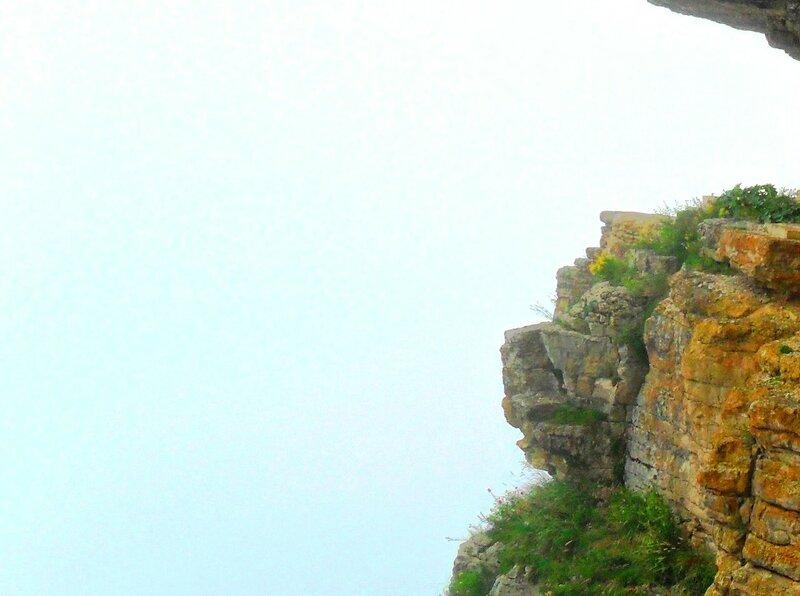 На камнях, у пропасти ... SAM_0697.JPG