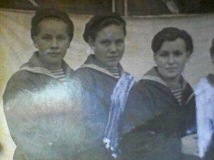 Октябрь 1943 года. Фотография Марии Ульяновой (Шалаевой).jpg