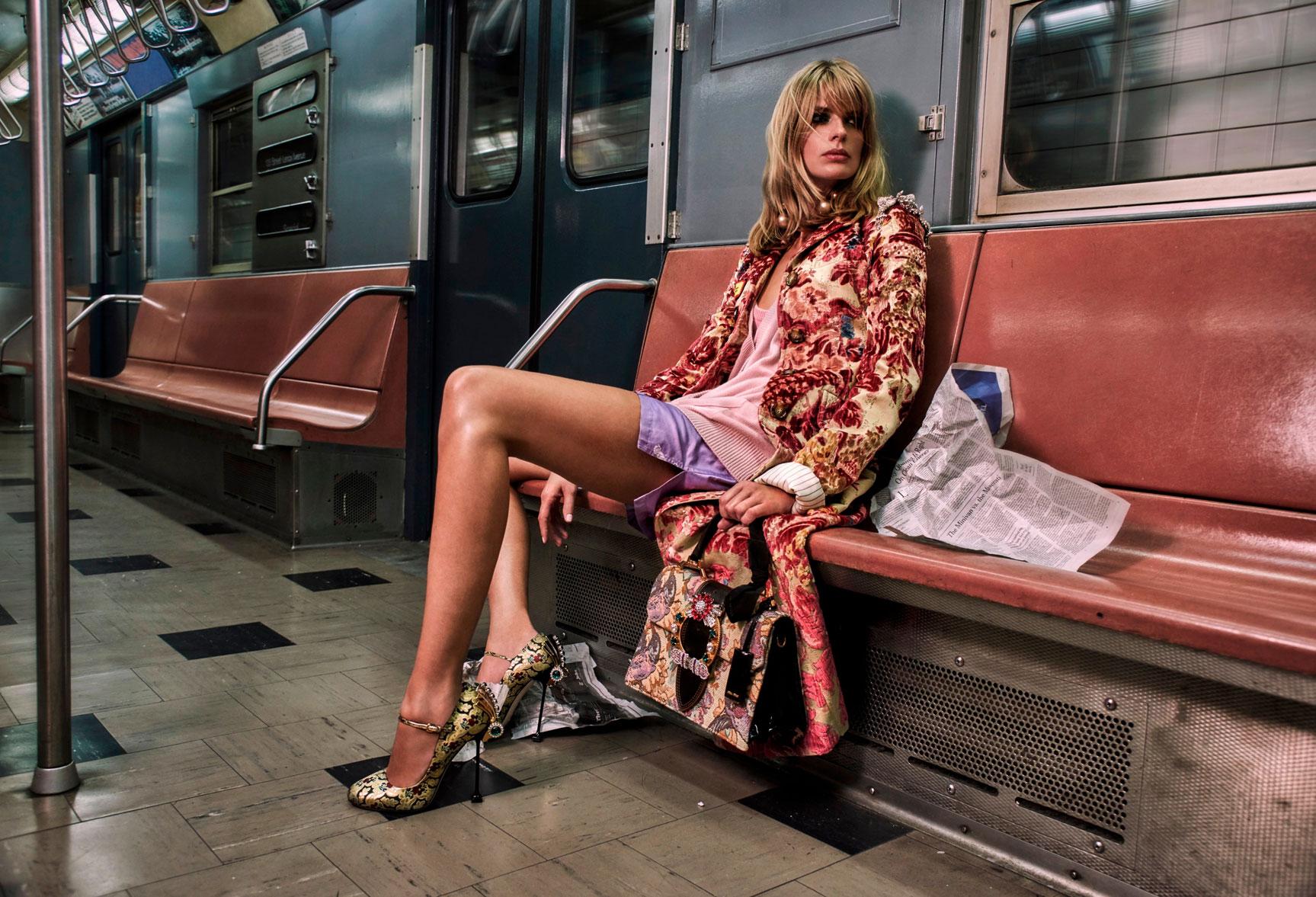 нью-йоркское метро с Джулией Штегнер / Julia Stegner by Chris Colls - The Edit october 2016