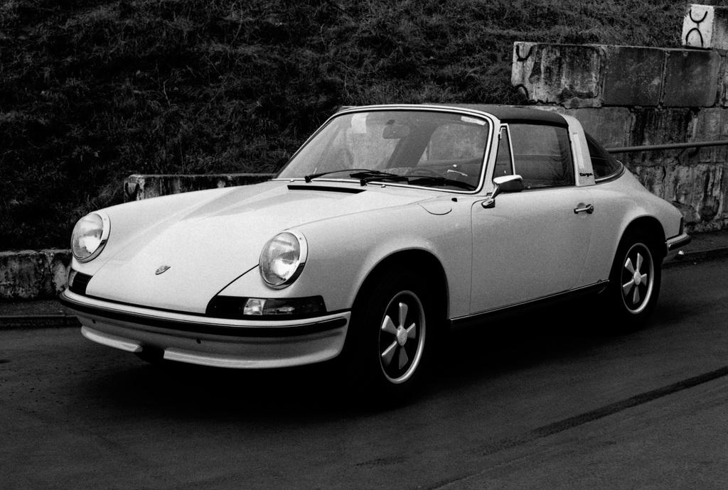 1973 PORSCHE 911 S 2.4 TARGA