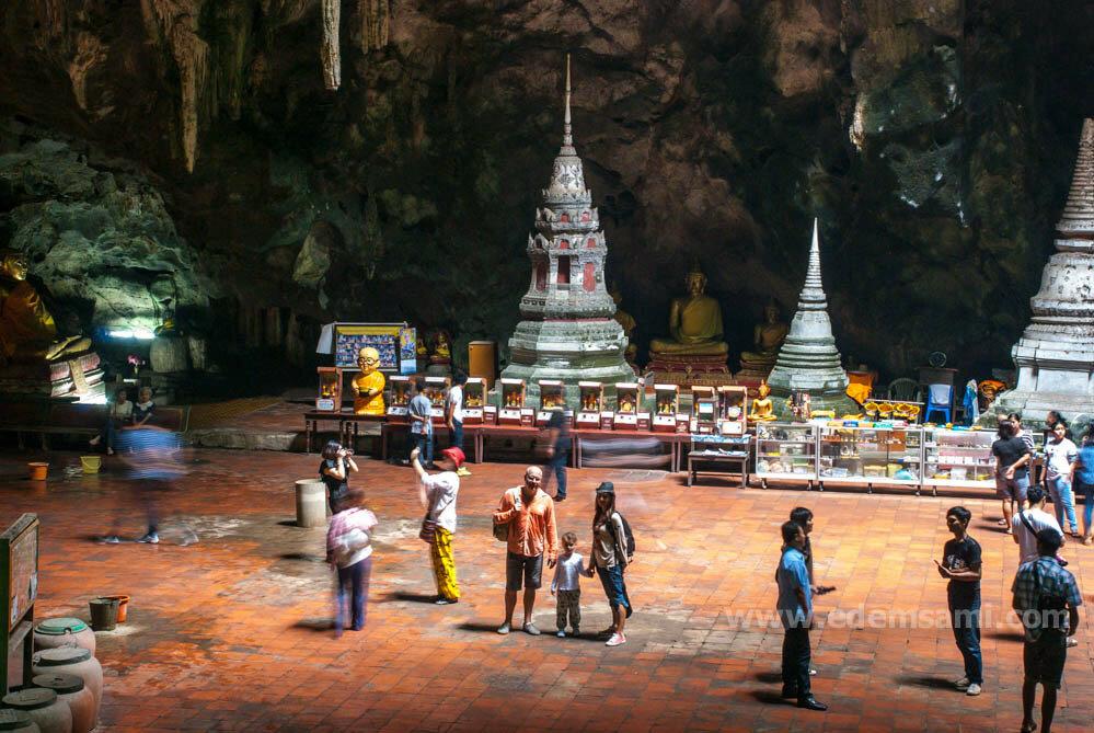 Пещера Тхам Кхао Луанг в Пхетчабури