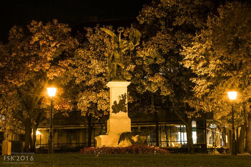 night_budapest-44.jpg