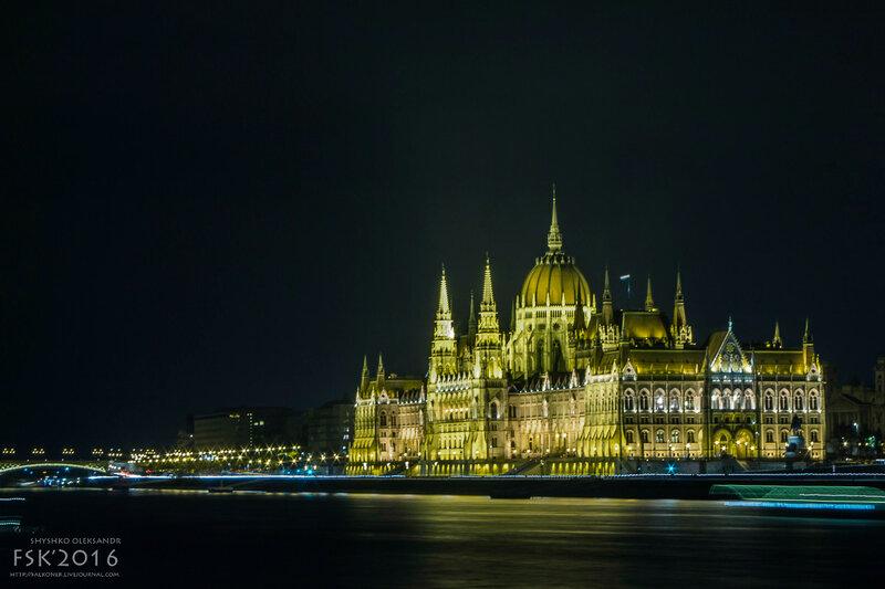 night_budapest-52.jpg