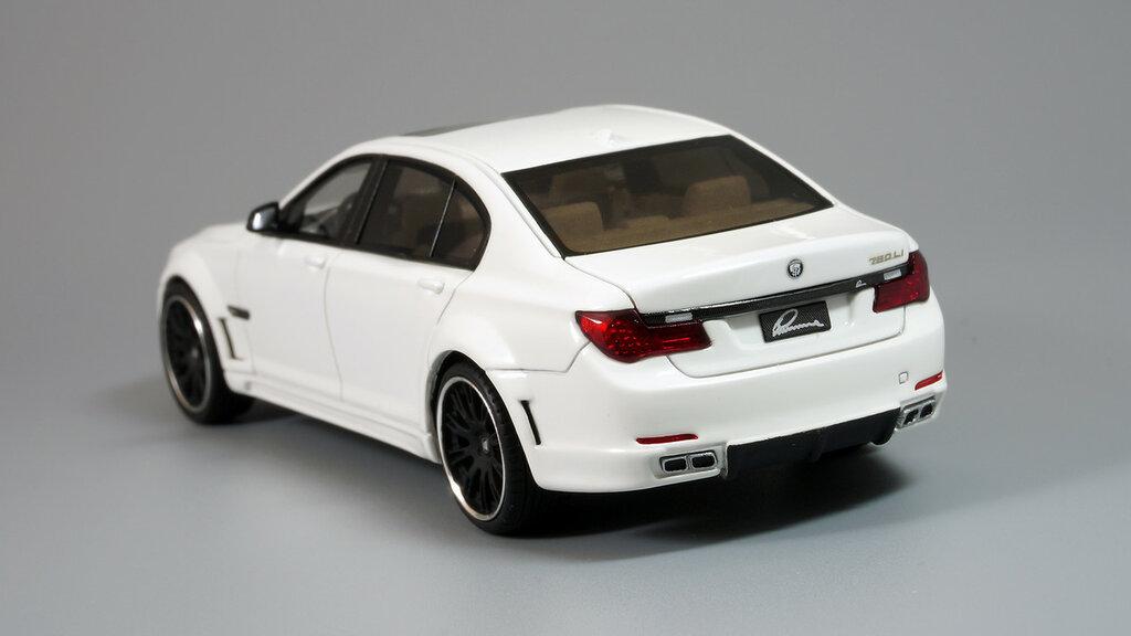 BMW_CLR_750_05.jpg