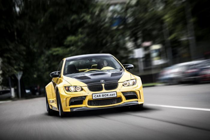 Доработки начались буквально с первого дня приобретения нашим героем вот этой BMW два года назад. Ка