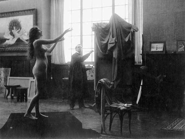 Первая обнаженная сцена в кино, 1915 год Актриса Одри Мансон играла в главной роли в фильме «Вдохнов