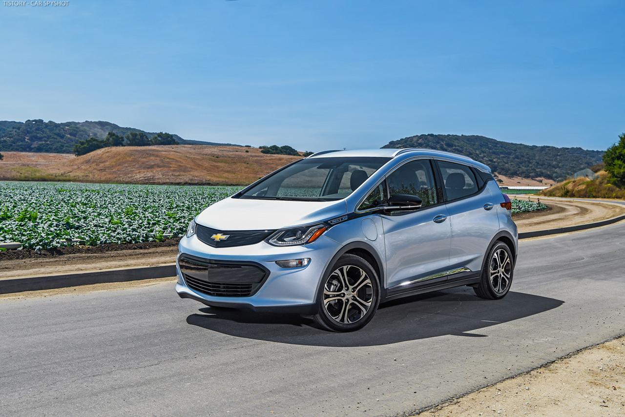 20. Электромобиль Chevrolet Bolt, который должен решить две проблемы существующих электромобилей — л