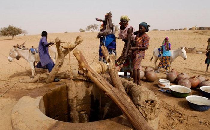 5. Нигер, $984 В стране проживает 17 миллионов человек, вынужденных проживать в бедности из-за посто