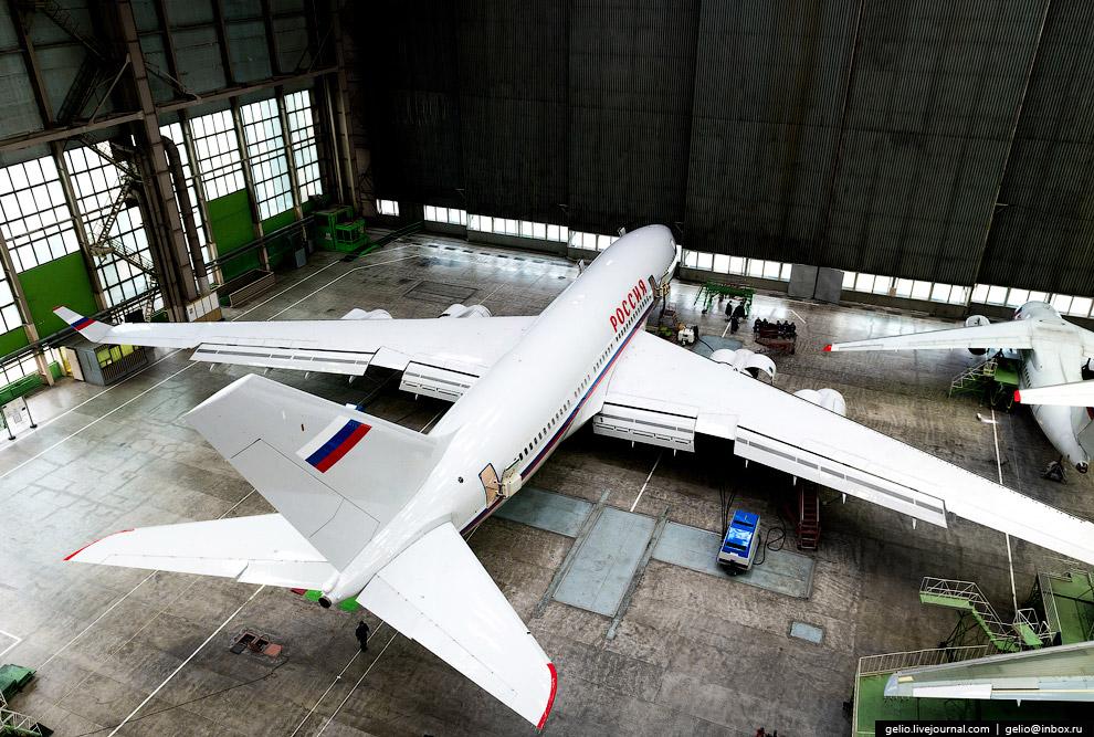 9. Ил-96 поднимается в воздух при помощи четырёх ПС-90А. Это российский турбовентиляторный двиг