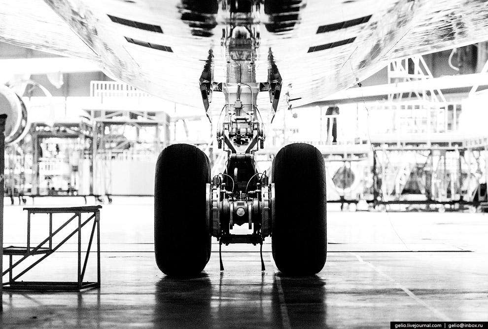 36. Испытательные полёты новых самолётов ВАСО проводит на экспериментальном аэродроме «Придача»