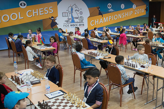 Школьник изГеленджика стал чемпионом мира пошахматам