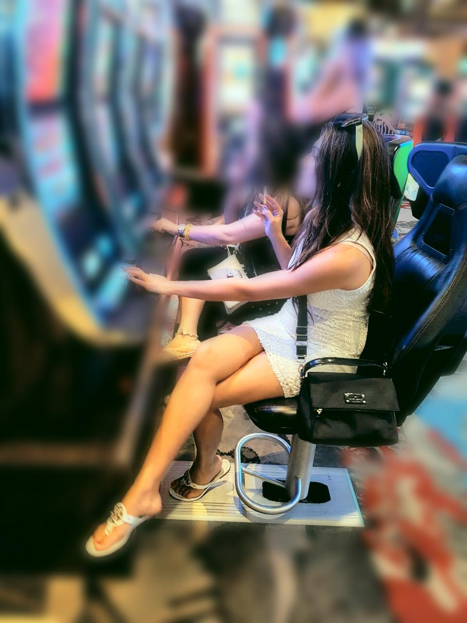 Девушки в сапогах