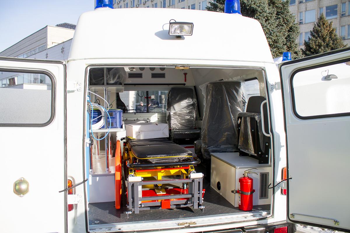 вручение автомобилей скорой помощи фото 8