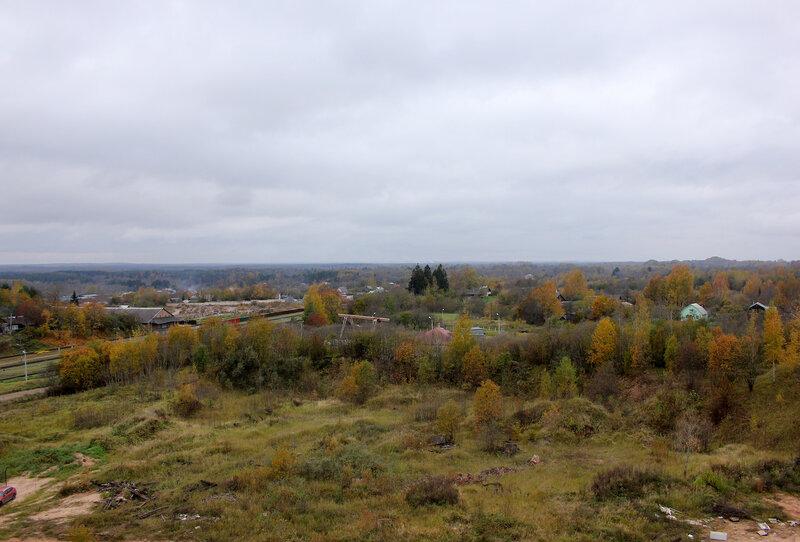 Вид на Латвию с холма у станци Себеж. До границы порядка 15 км