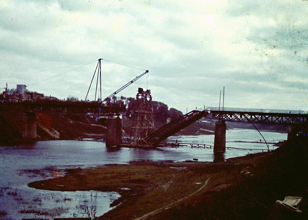 1941. Восстановление Железного моста