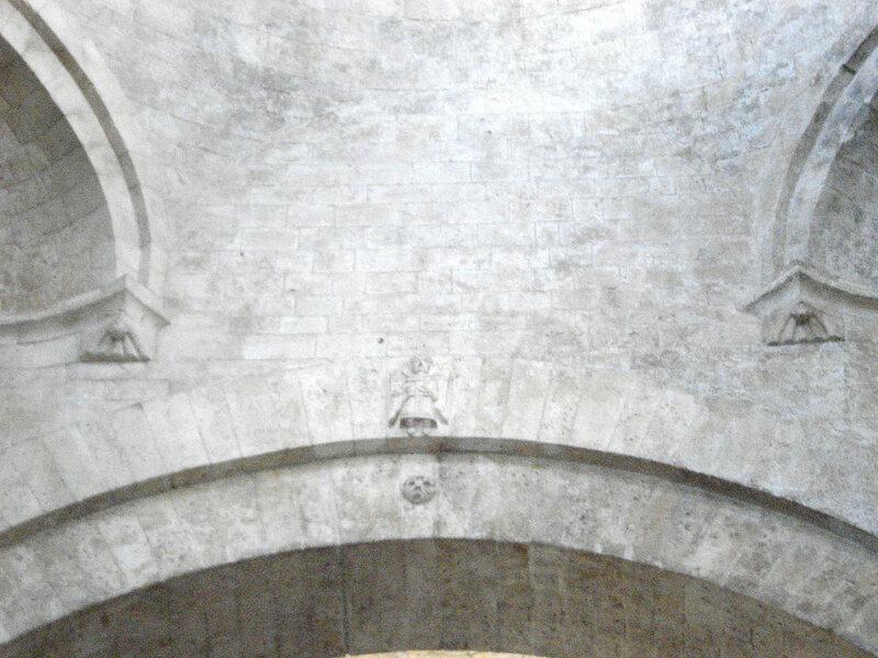 029-ангел на своде арки.jpg