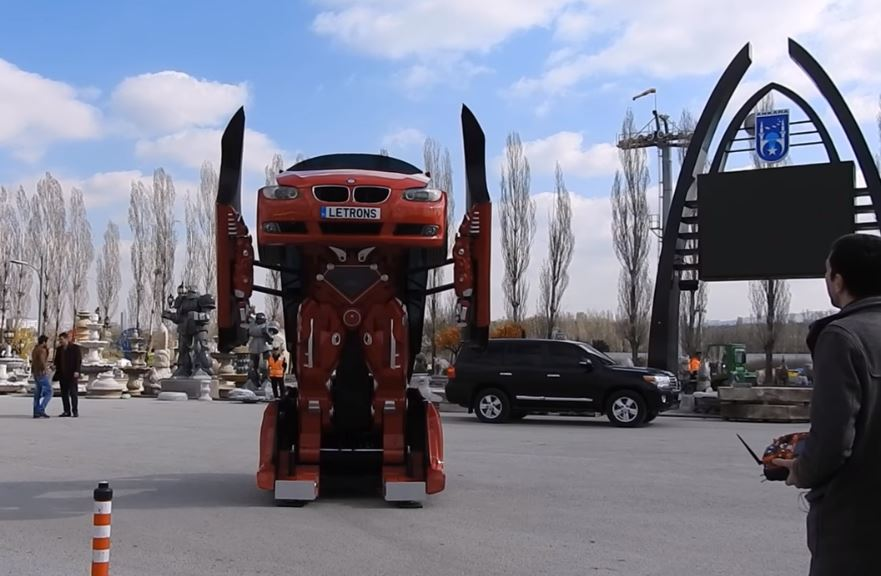 Реальный робот-автобот Летрон