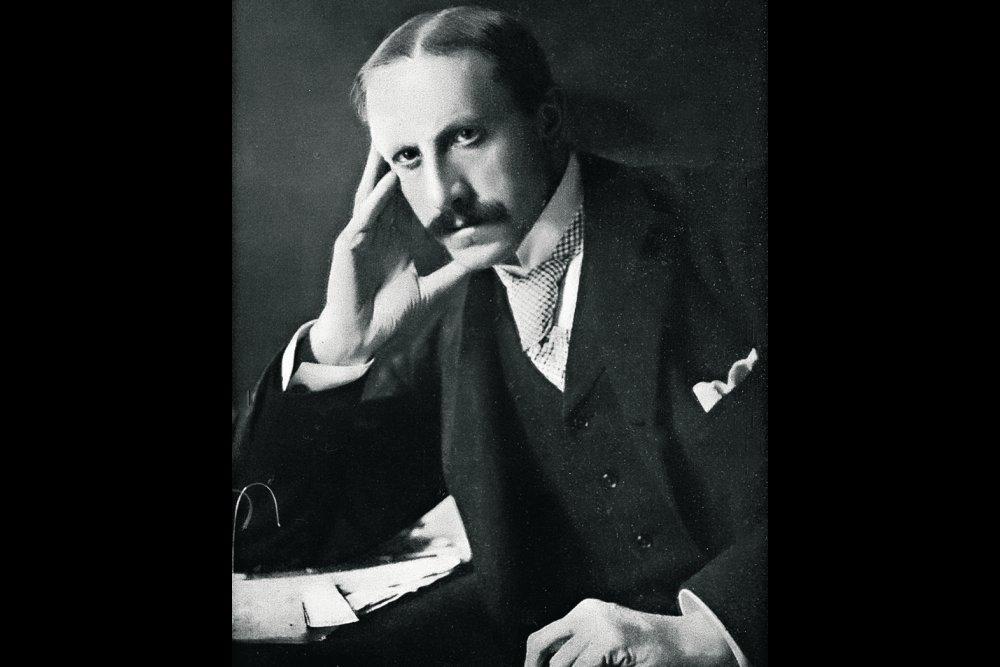 Военный министр Британии лорд Альфред Милнер.